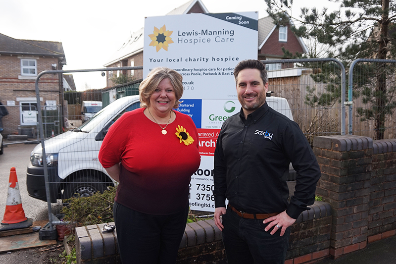 Saxby Lighting light up local hospice